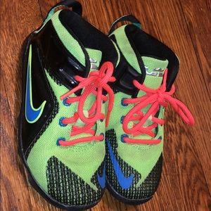 Kids 10c Nike Lebrons!